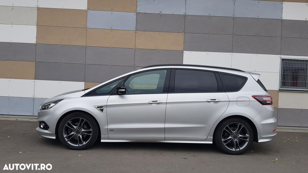 Ford S-Max 2.0 - 8