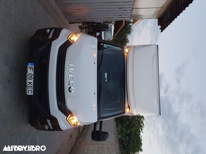 Iveco daily  cu lift - 8