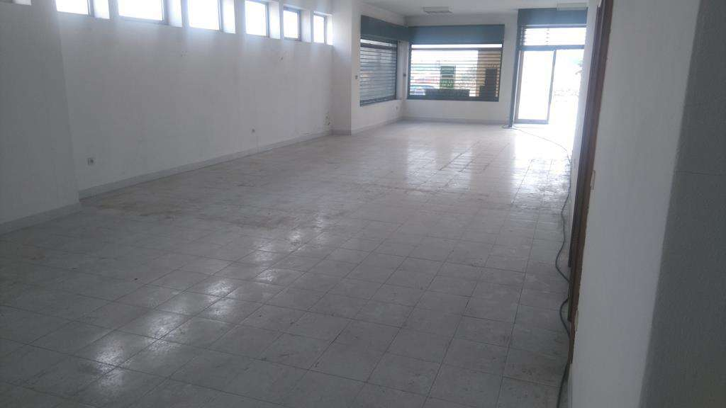 Loja para arrendar, Nogueira e Silva Escura, Porto - Foto 1