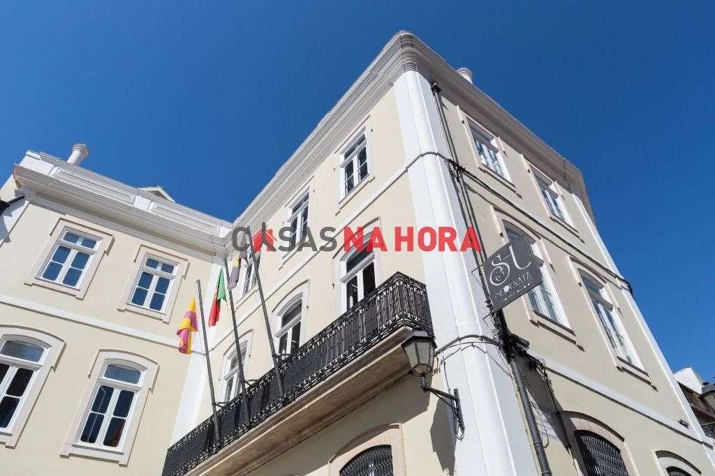 Prédio para comprar, Coimbra (Sé Nova, Santa Cruz, Almedina e São Bartolomeu), Coimbra - Foto 6