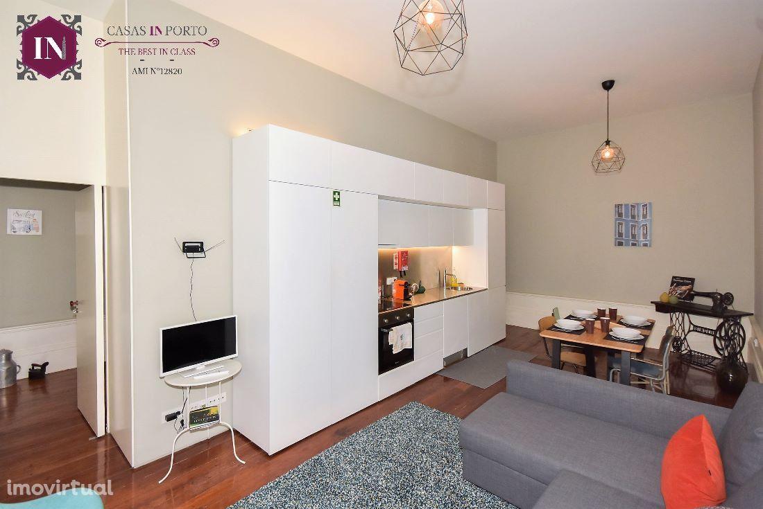 Apartamento T1 Ribeira - Arrendamento mensal/semanal
