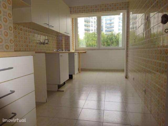 Apartamento para comprar, Carnaxide e Queijas, Oeiras, Lisboa - Foto 3