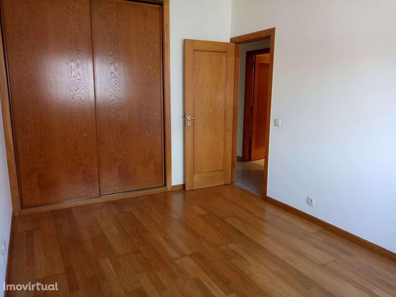 Apartamento para arrendar, Travessa Carolina Costa, Canelas - Foto 2