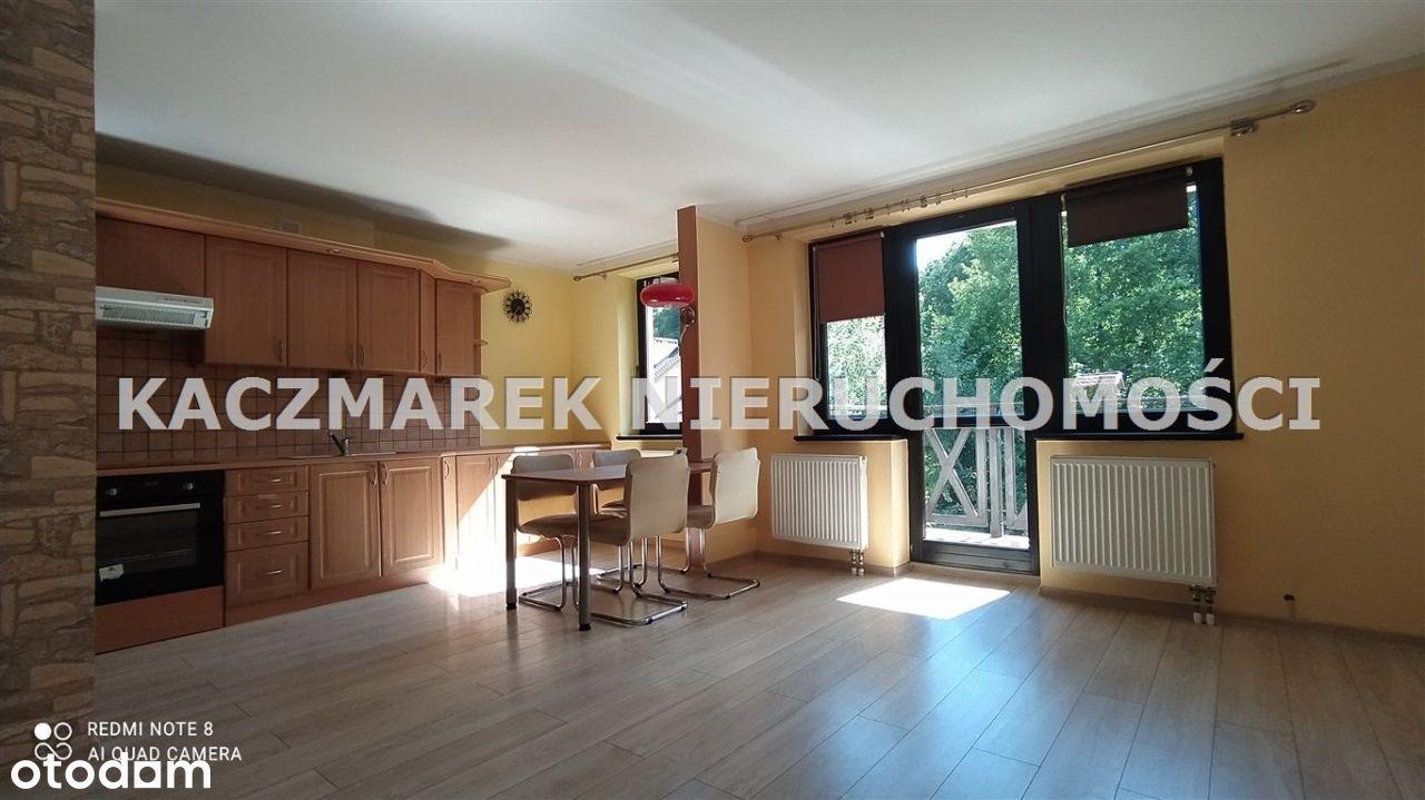 Mieszkanie, 69 m², Pszczyna