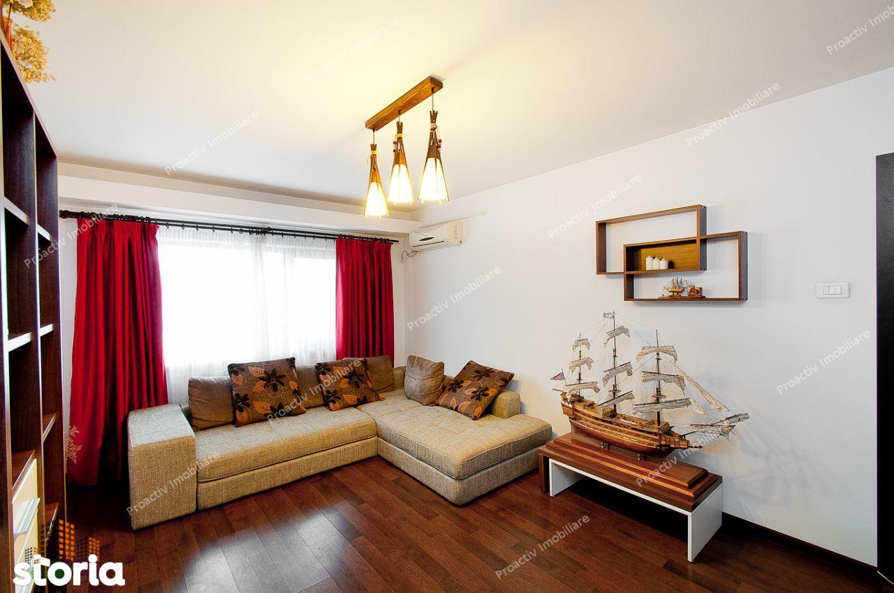 Apartament 3 camere Piata Centrala, renovat,