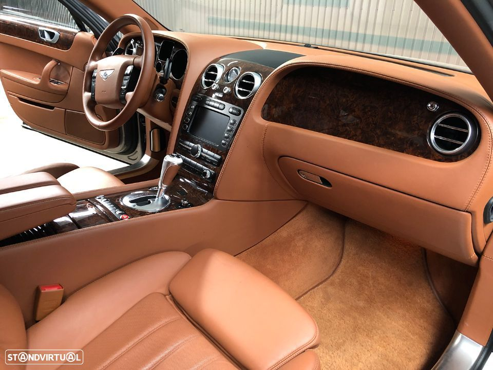 Bentley Continental Flying Spur 5 Lugares 6.0L W12 - 20