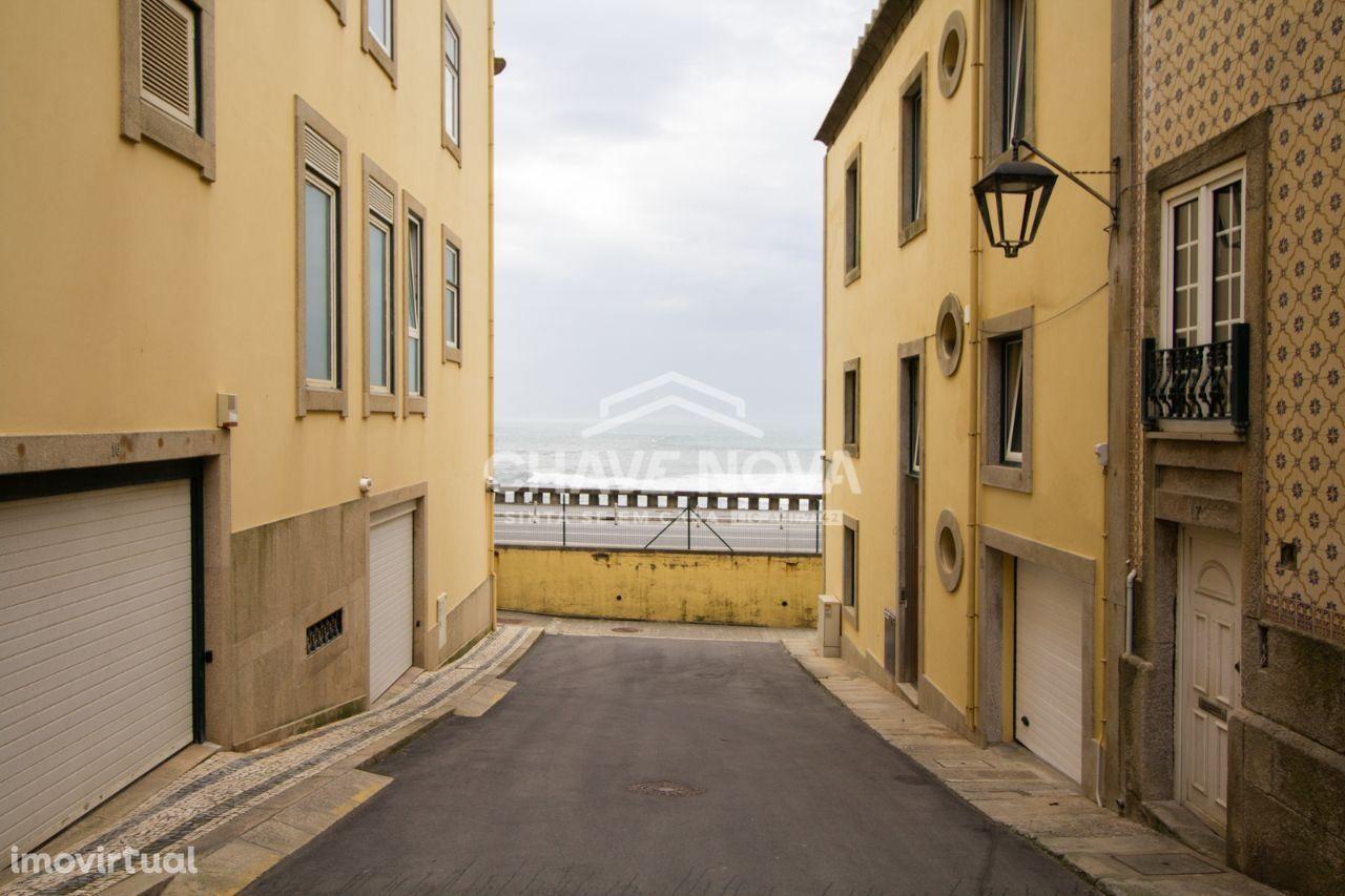 Prédio - Foz do Douro Porto 1ª linha de mar,