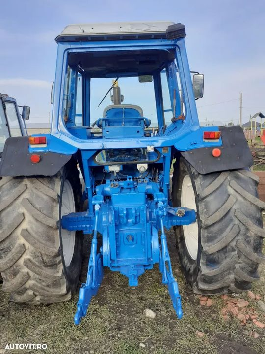 Ford 8700 - 3