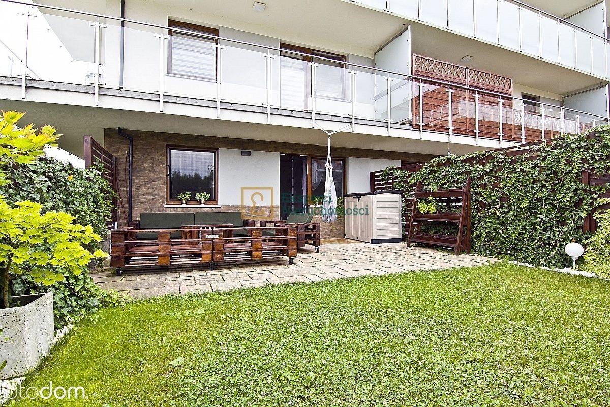 60m2 z ogródkiem i garażem,3 pokoje, 2100zł +garaż