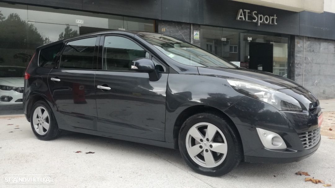 Renault Grand Scénic 1.5 dCi Luxe 7L - 29