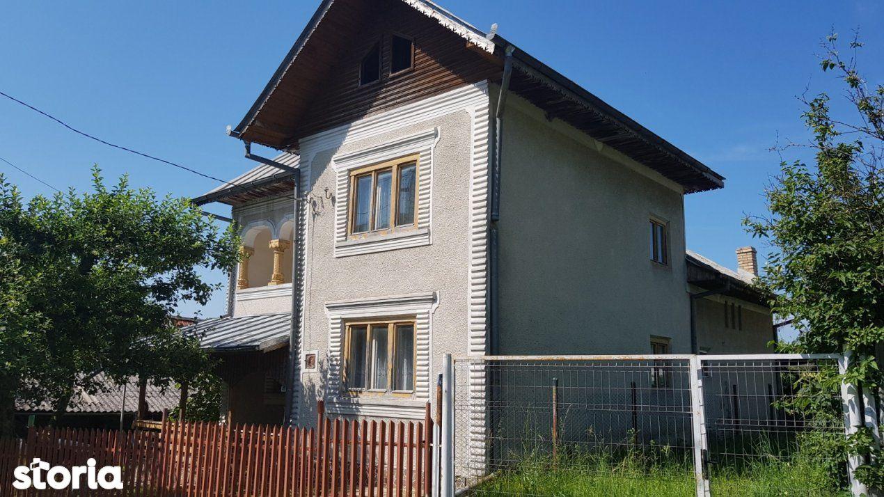 Vânzare casă în Manjina, jud. Dambovita