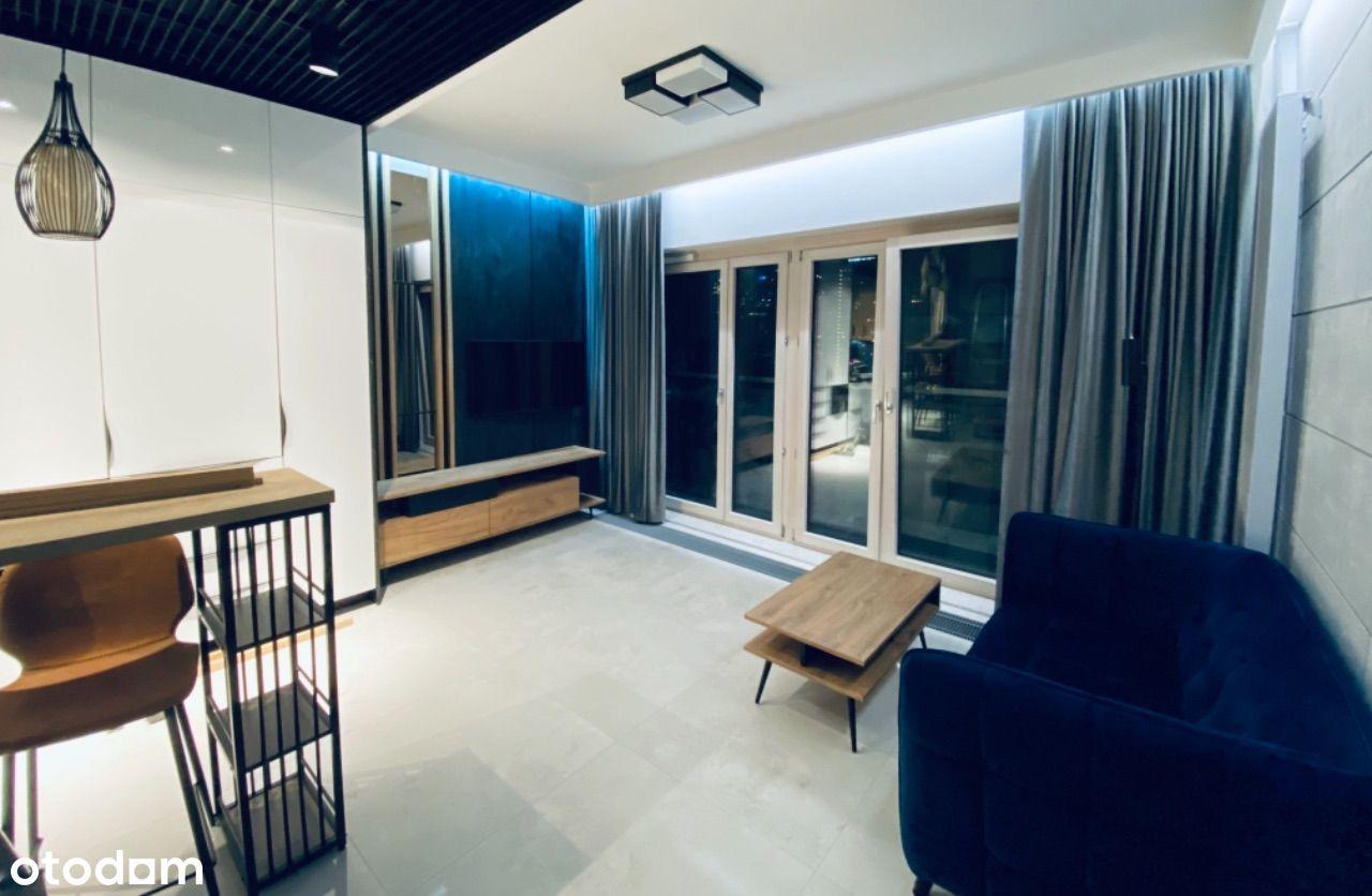 Apartament w Mennica Residence, Wola, ul. Waliców