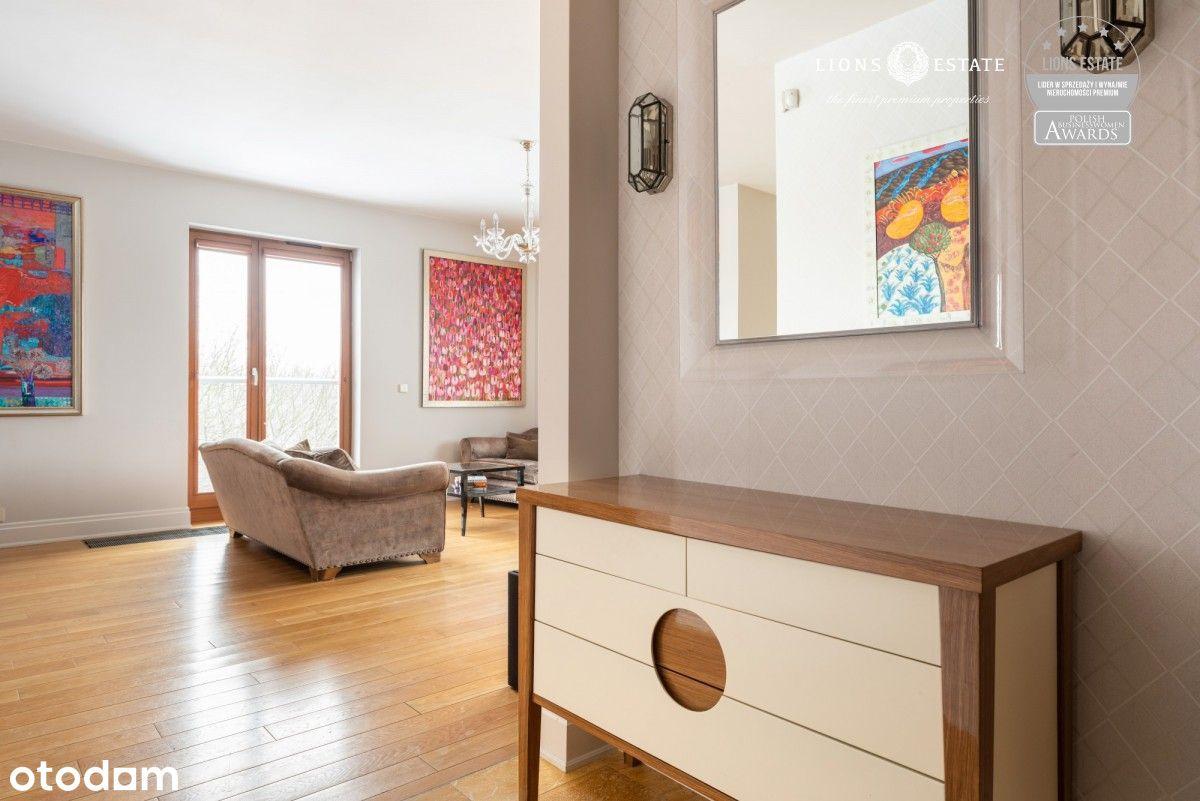 Przestronny apartament z widokiem na Mokotowie