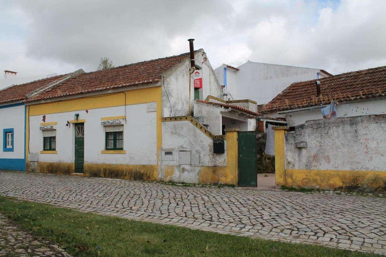 Moradia para comprar, Santa Maria, São Pedro e Sobral da Lagoa, Leiria - Foto 1