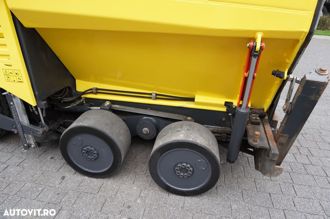 Bomag BF 300P , 6X4 , Work width 3,4 + 0,6m , SideView , auto-greasing - 22