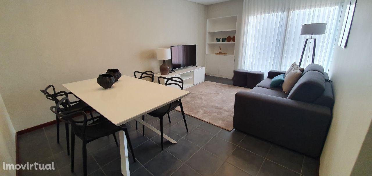 Apartamento Totalmente Remodelado T2
