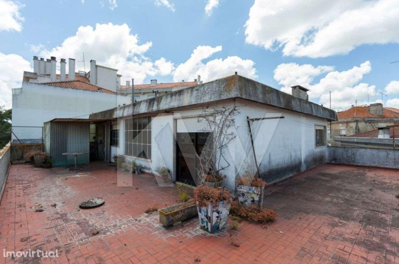Prédio para comprar, Santa Iria de Azoia, São João da Talha e Bobadela, Lisboa - Foto 5