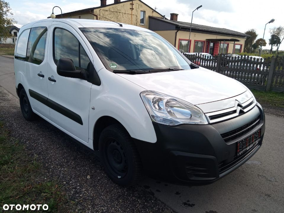 Citroën Berlingo  Citroen Berlingo 1.6 benzyna 2017 - 1