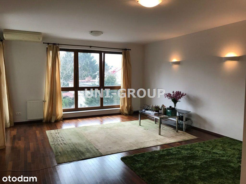 Apartament Przy Metrze