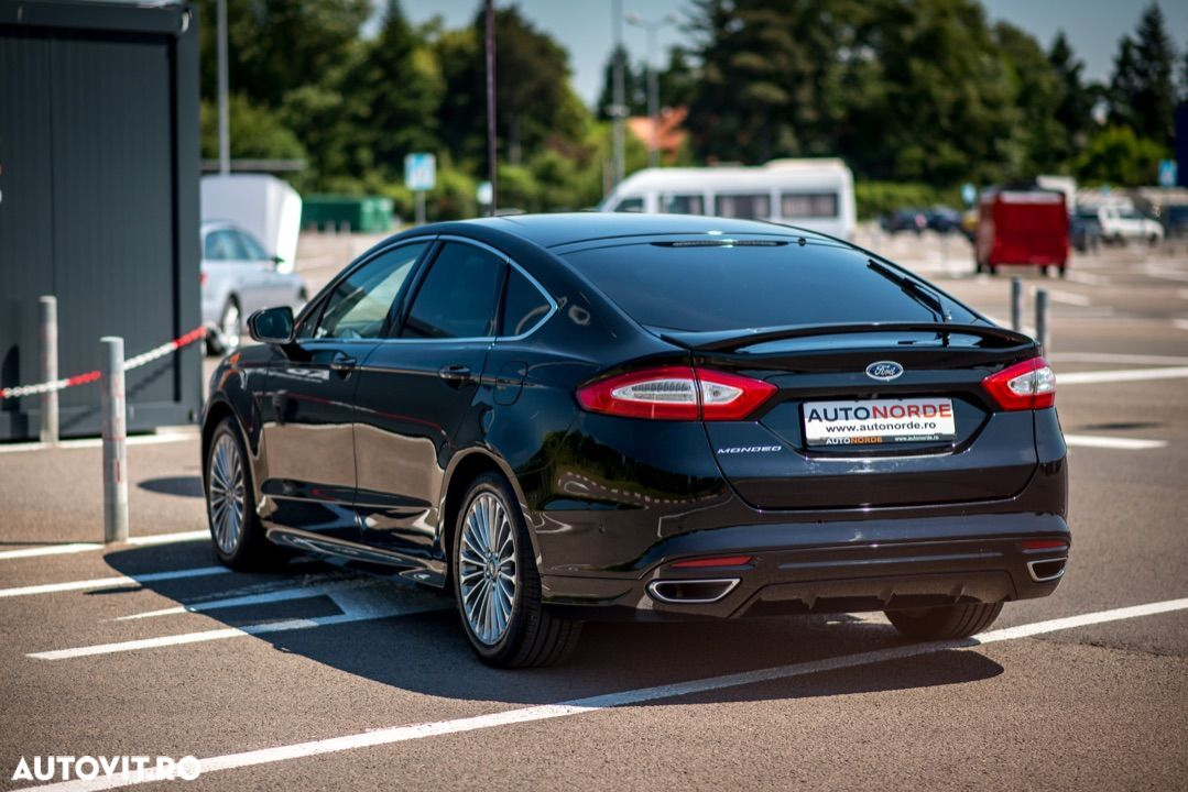 Ford Mondeo - 32