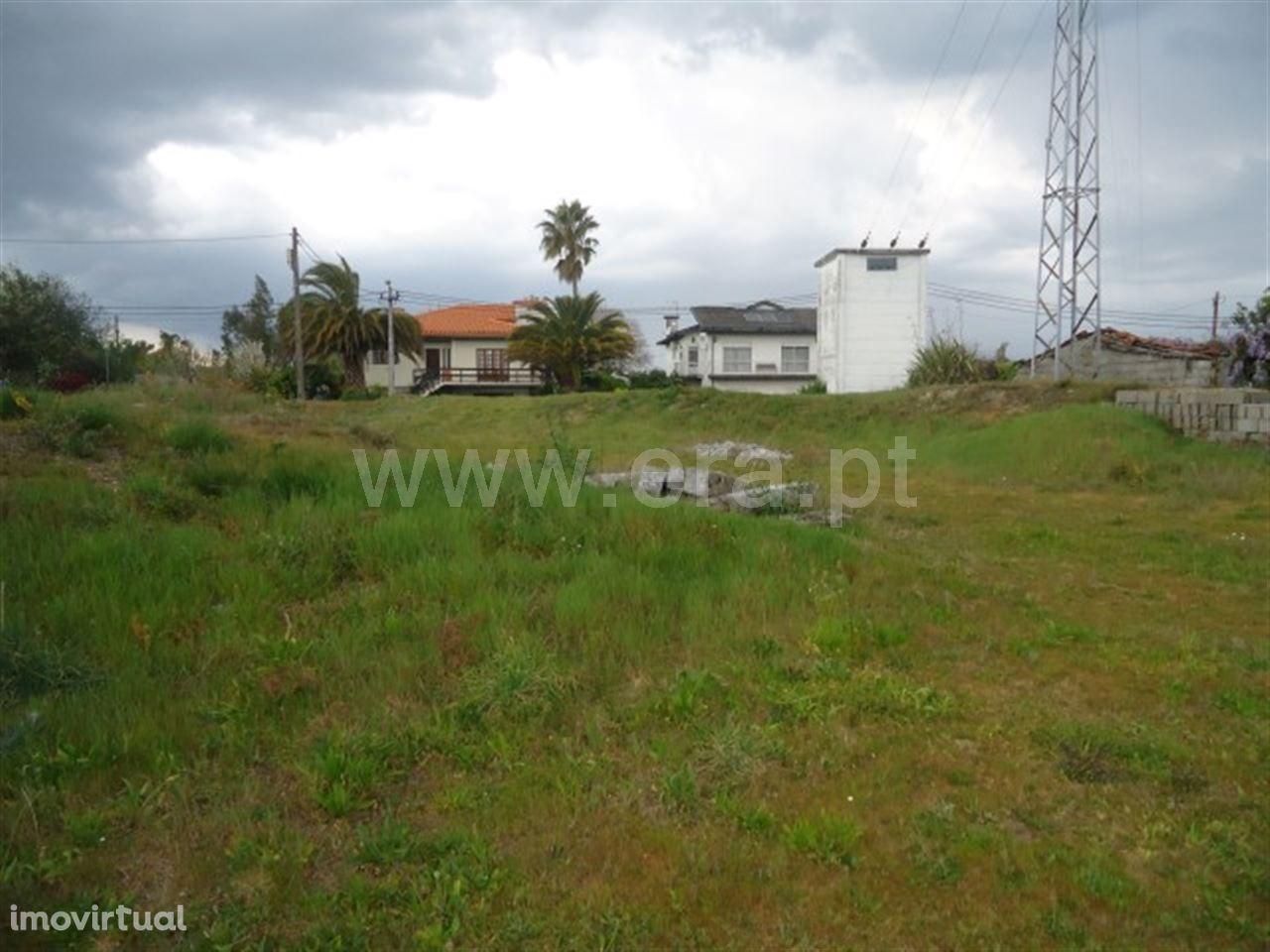 Terreno para construção com 1.100 m2 em Medelo - Fafe