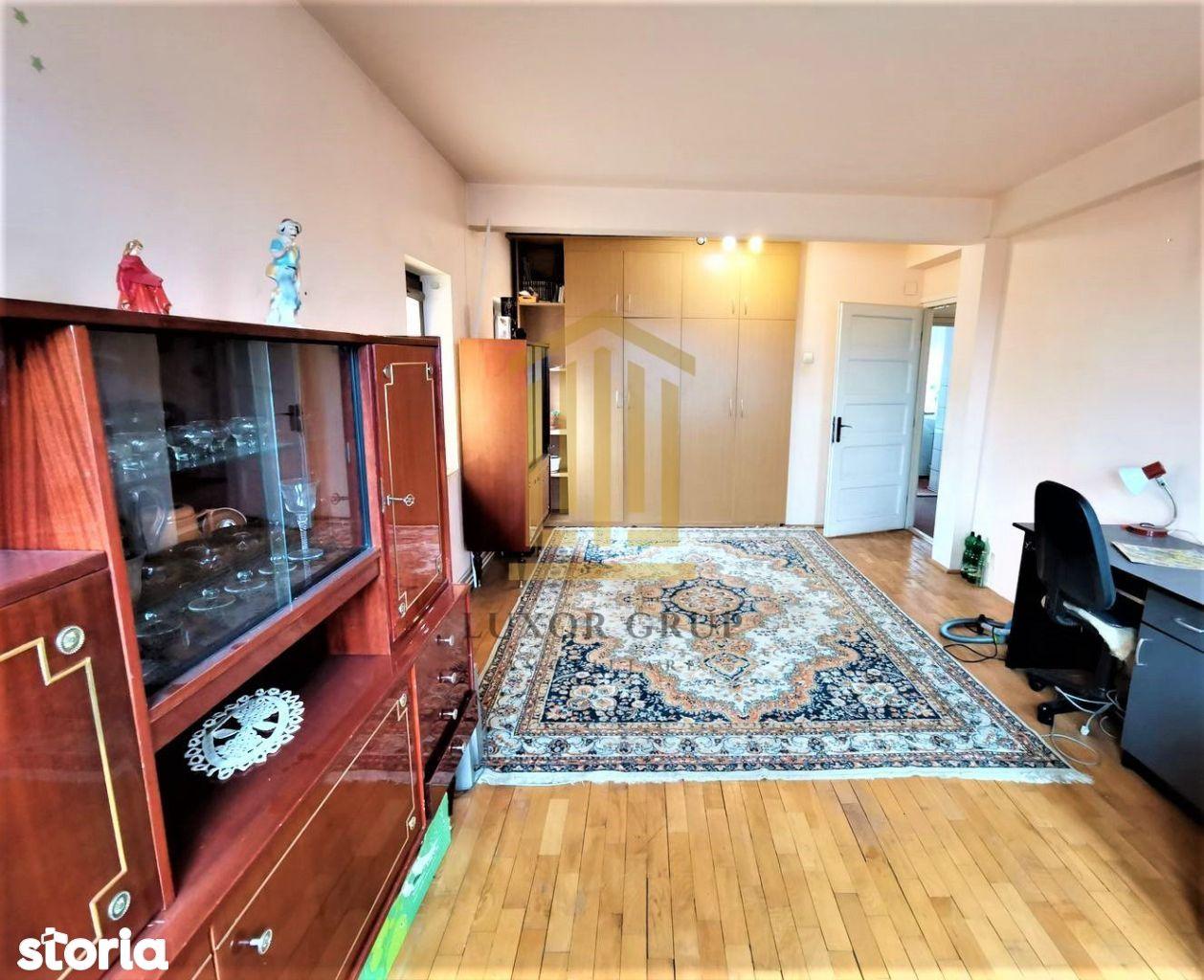 BLACK FRIDAY   Apartament 3 camere decomandate I Zona Centrala