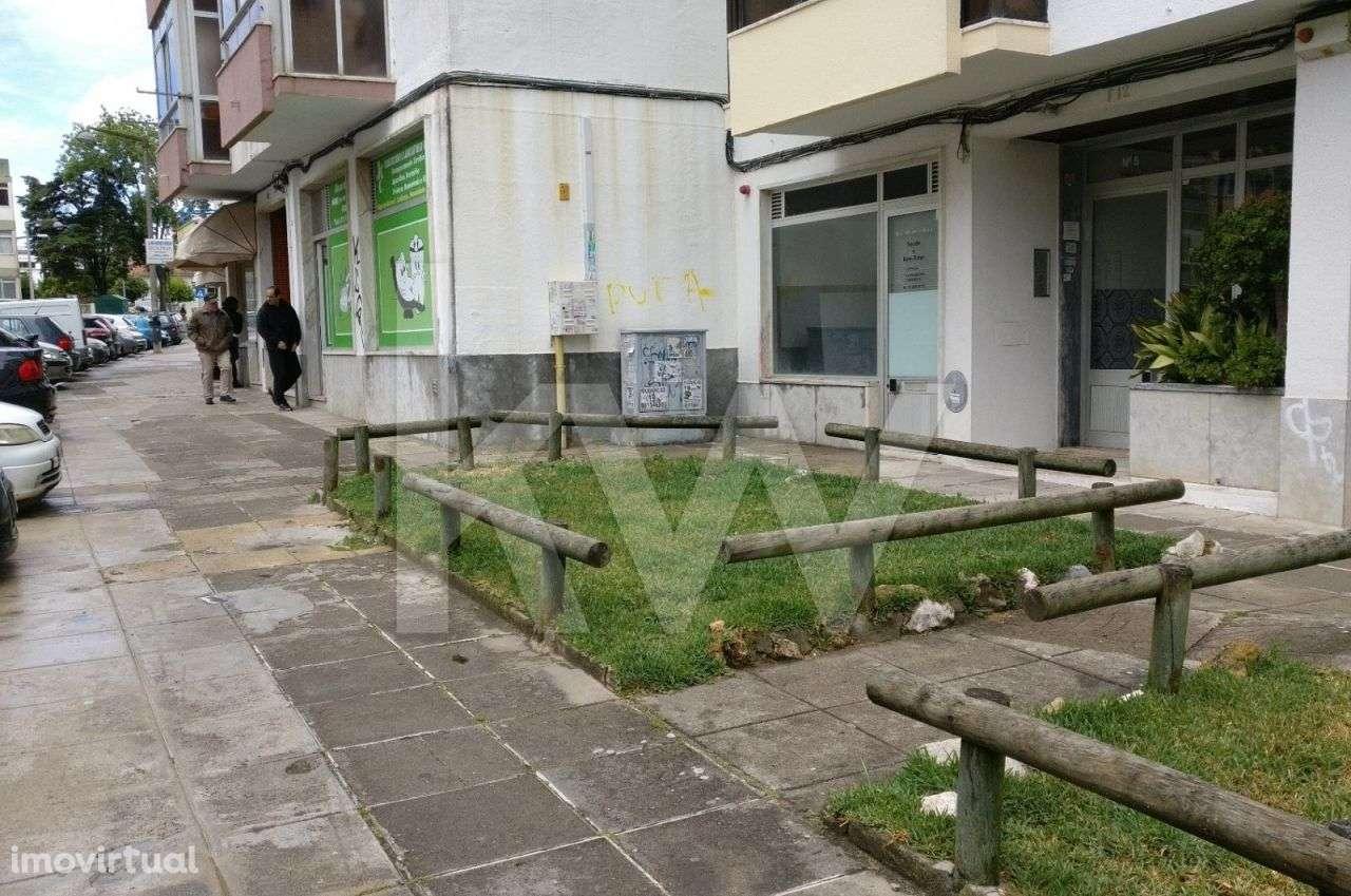 Loja para arrendar, Rio de Couros e Casal dos Bernardos, Santarém - Foto 2