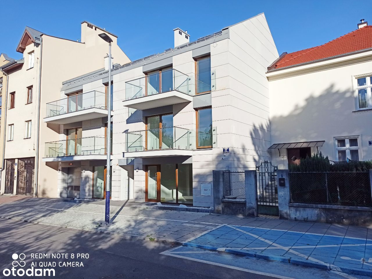 Luksusowa kamienica (6 apartamentów + 2 lokale)
