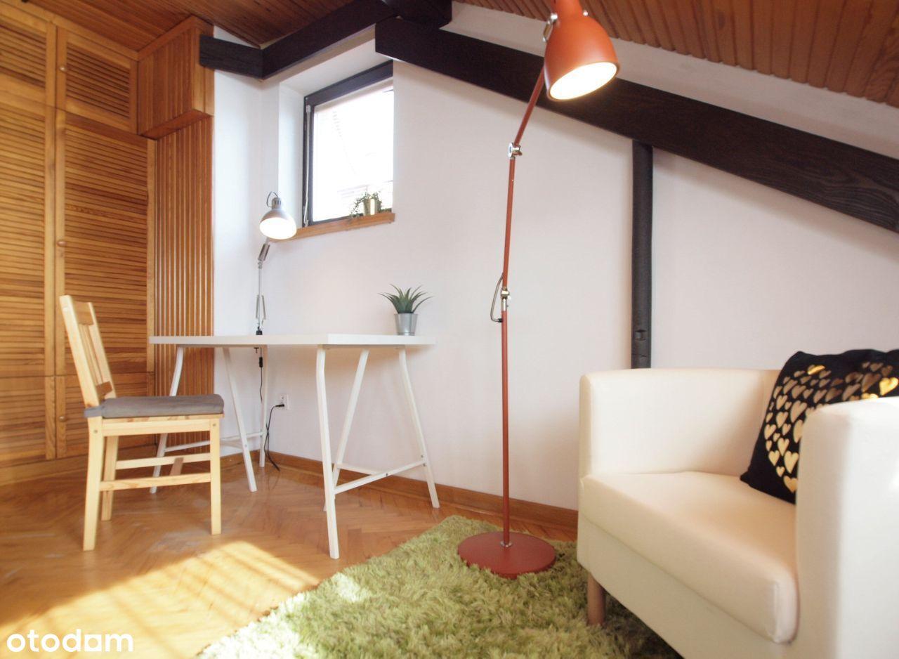 Przestrzenny, przytulny pokój na Bemowie