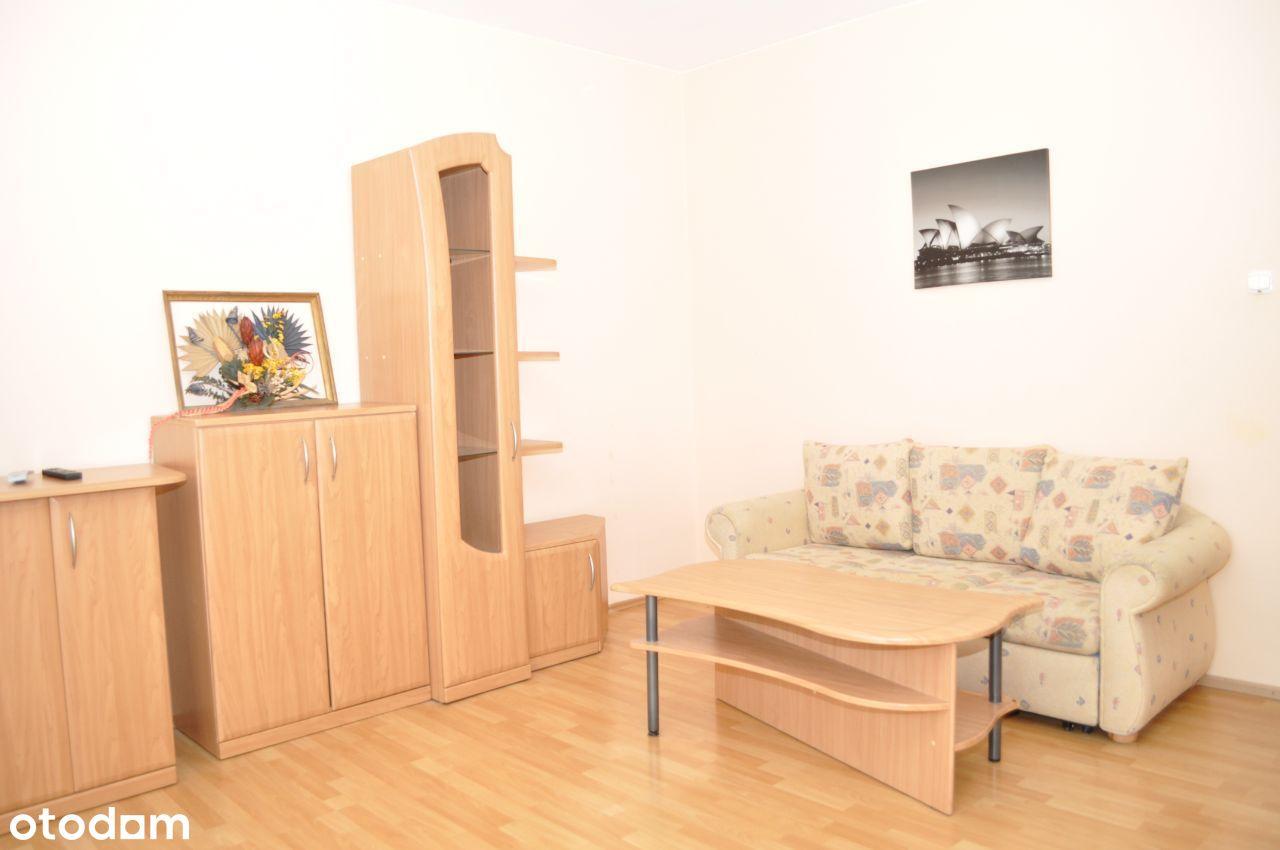 Bezpośrednio 49 m2 Włochy 2 pokoje piwnica balkon