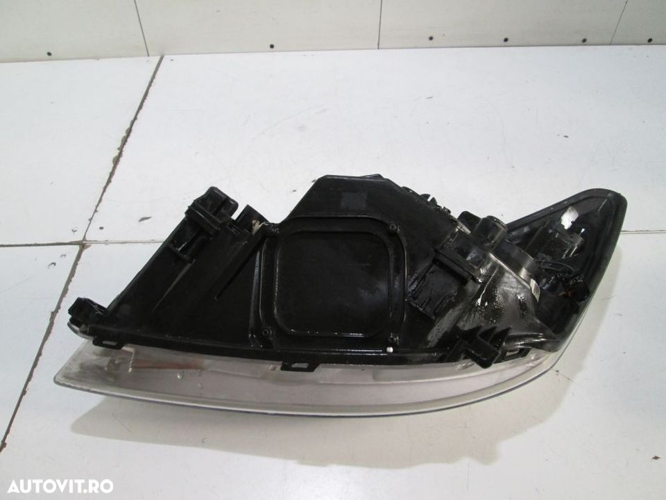 Far dreapta Ford Focus an 2008-2009-2010-2011 cod 8M51-13W029-AD - 2