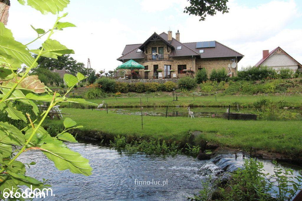 Dom, 240 m², Rudnica