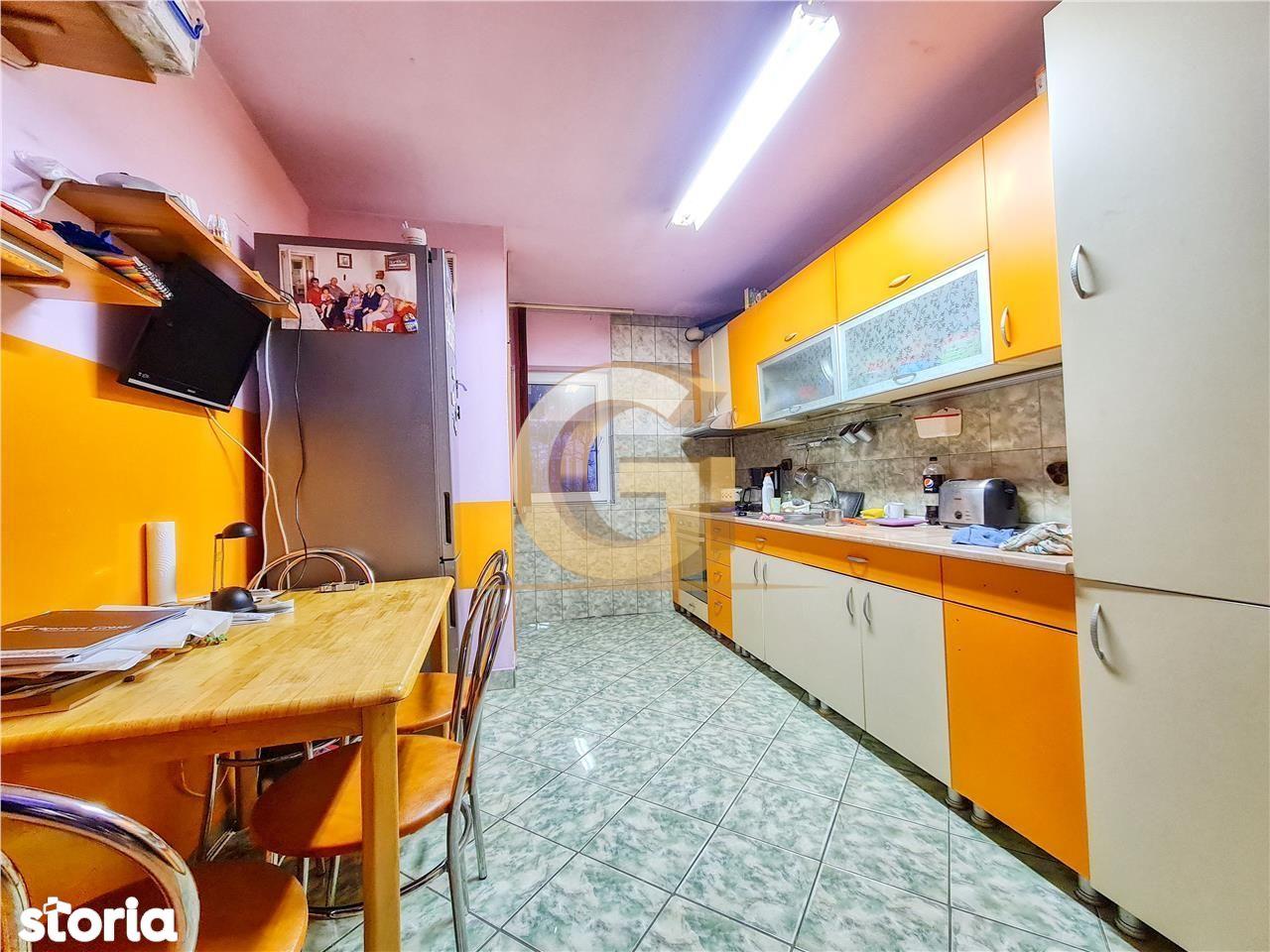 Apartament 3 camere, zona Titulescu