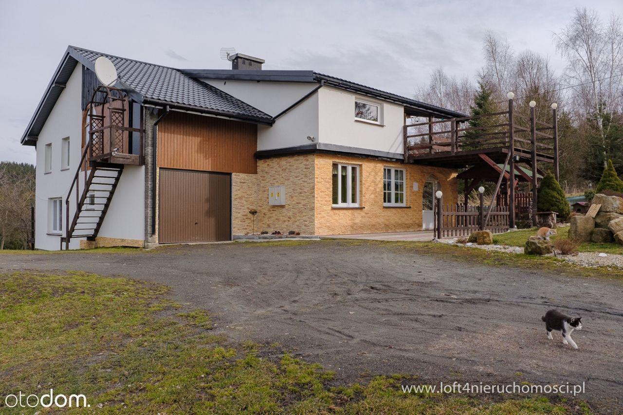 Przestronny dom w Odrzykoniu koło Krosna.