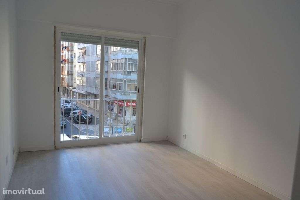 Apartamento para comprar, Avenida dos Bons Amigos, Agualva e Mira-Sintra - Foto 6