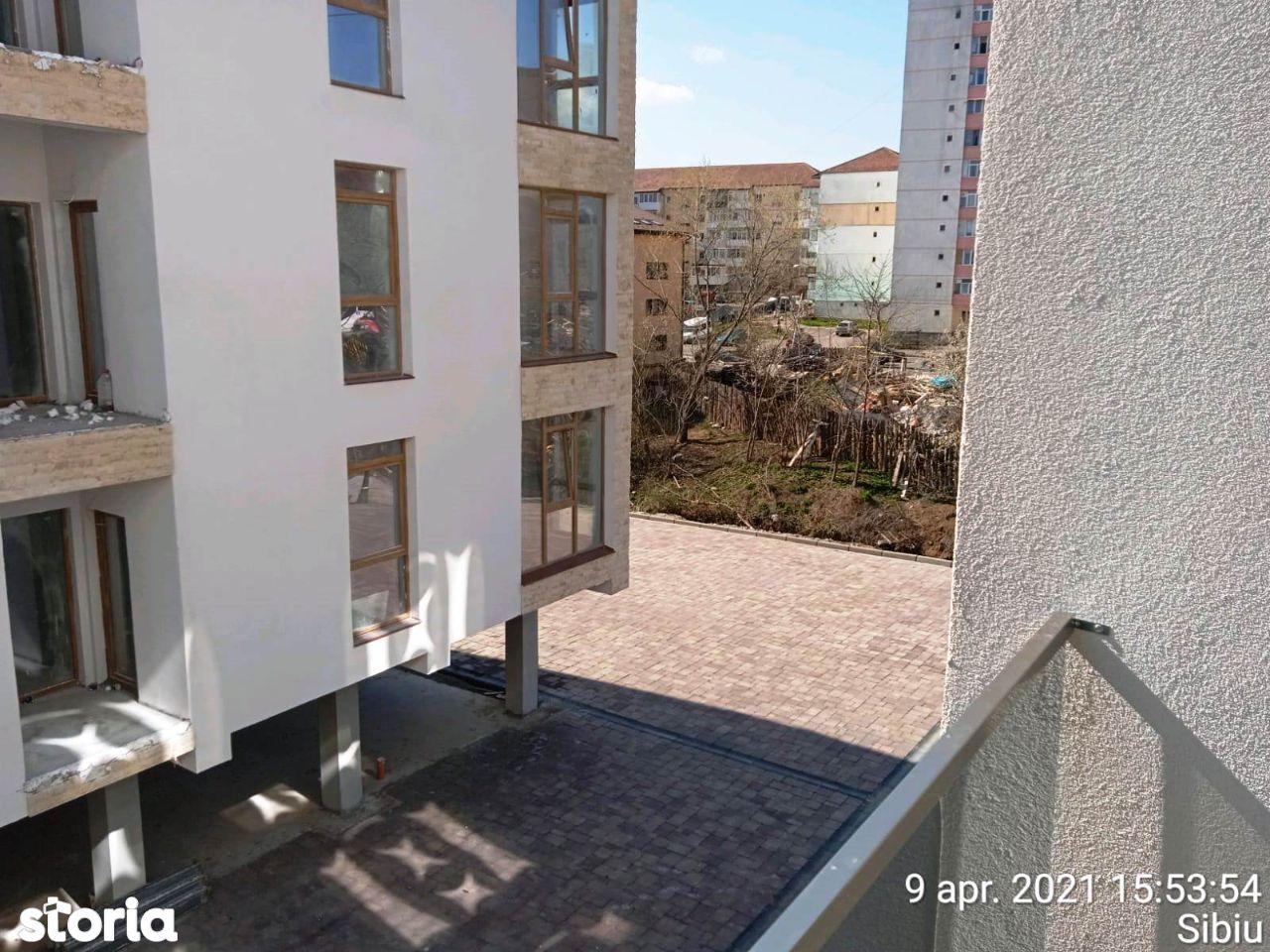 3 camere 93 mp etaj 1 cu loc de parcare str. Octavian Goga Selimbar