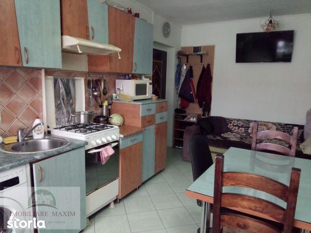 Imobiliare Maxim - apartament la mansarda