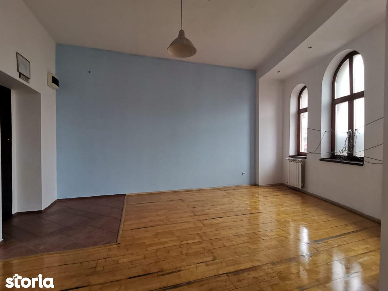SUPERB!!! Apartament 3 Camere - LOC DE PARCARE - A660