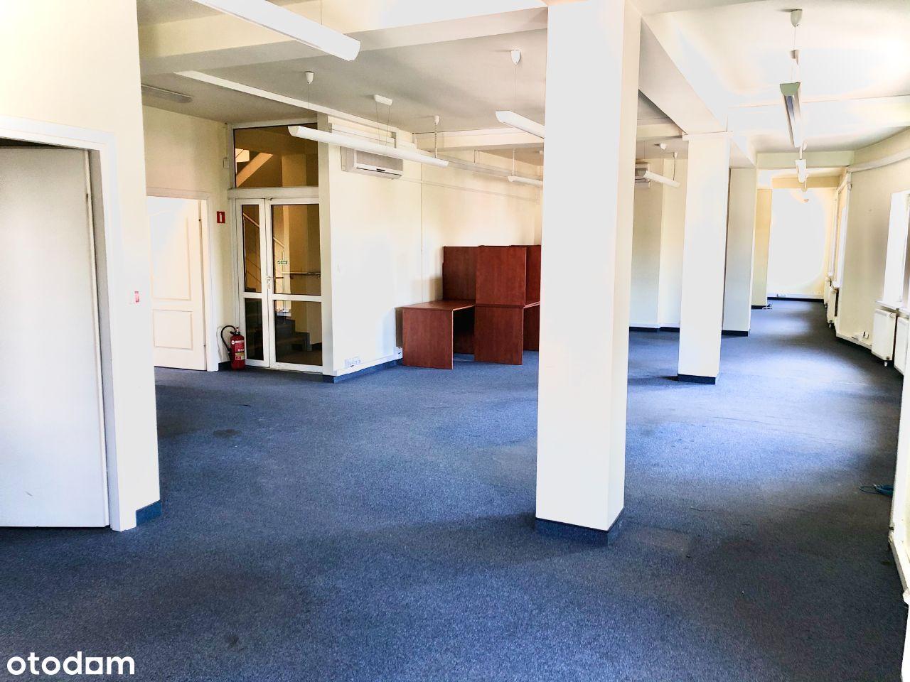 Duże, przestronne biuro w centrum Piaseczna