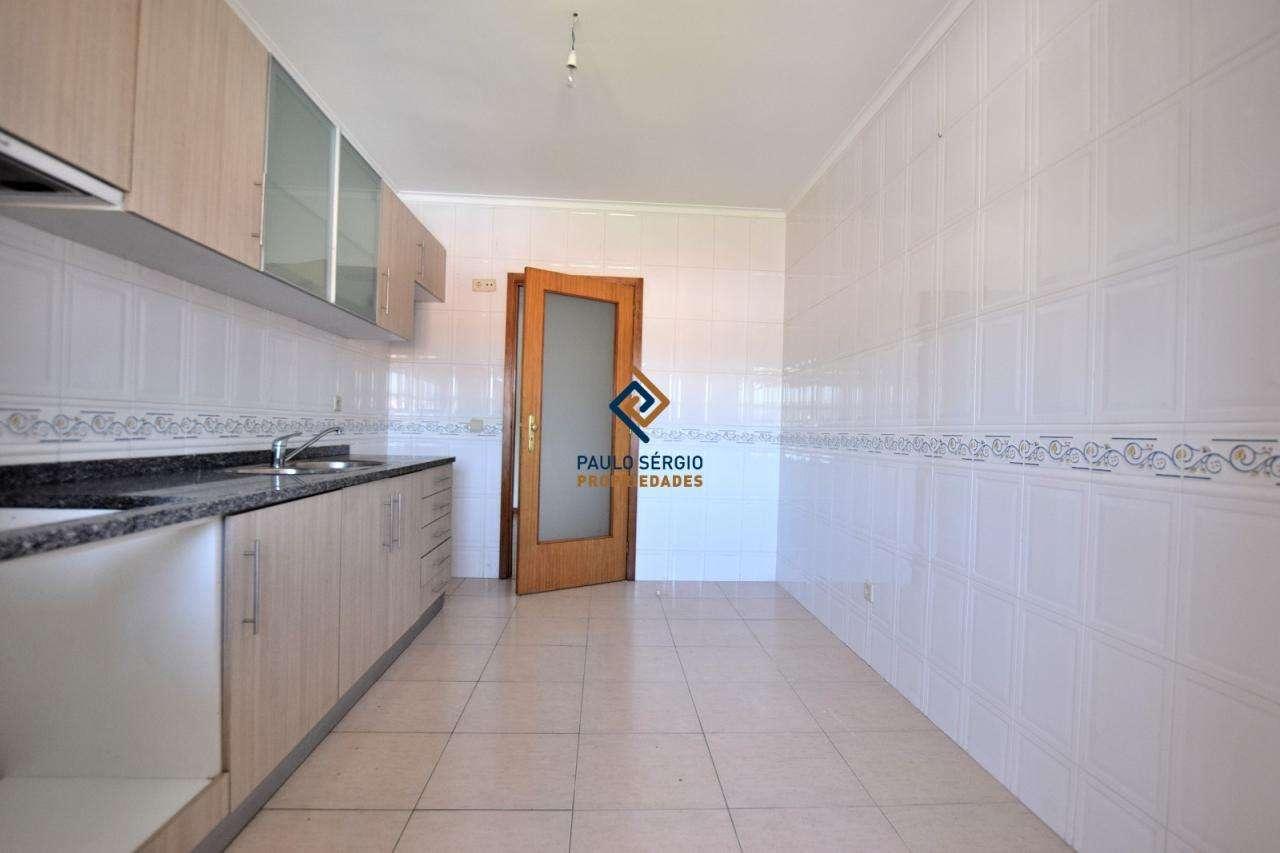 Apartamento para comprar, Nogueira da Regedoura, Santa Maria da Feira, Aveiro - Foto 12