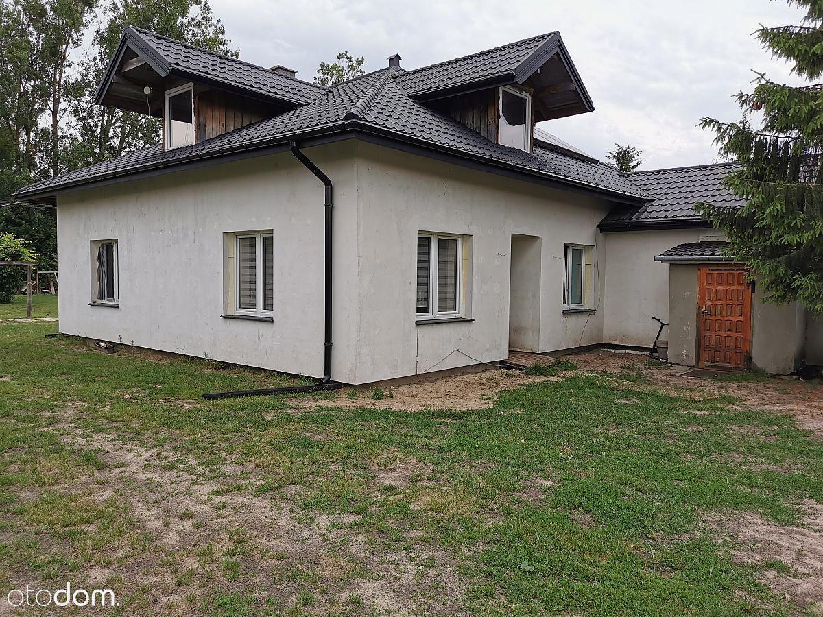 Atrakcyjny nowoczesny dom 240 m2. Działka 1766 m2.