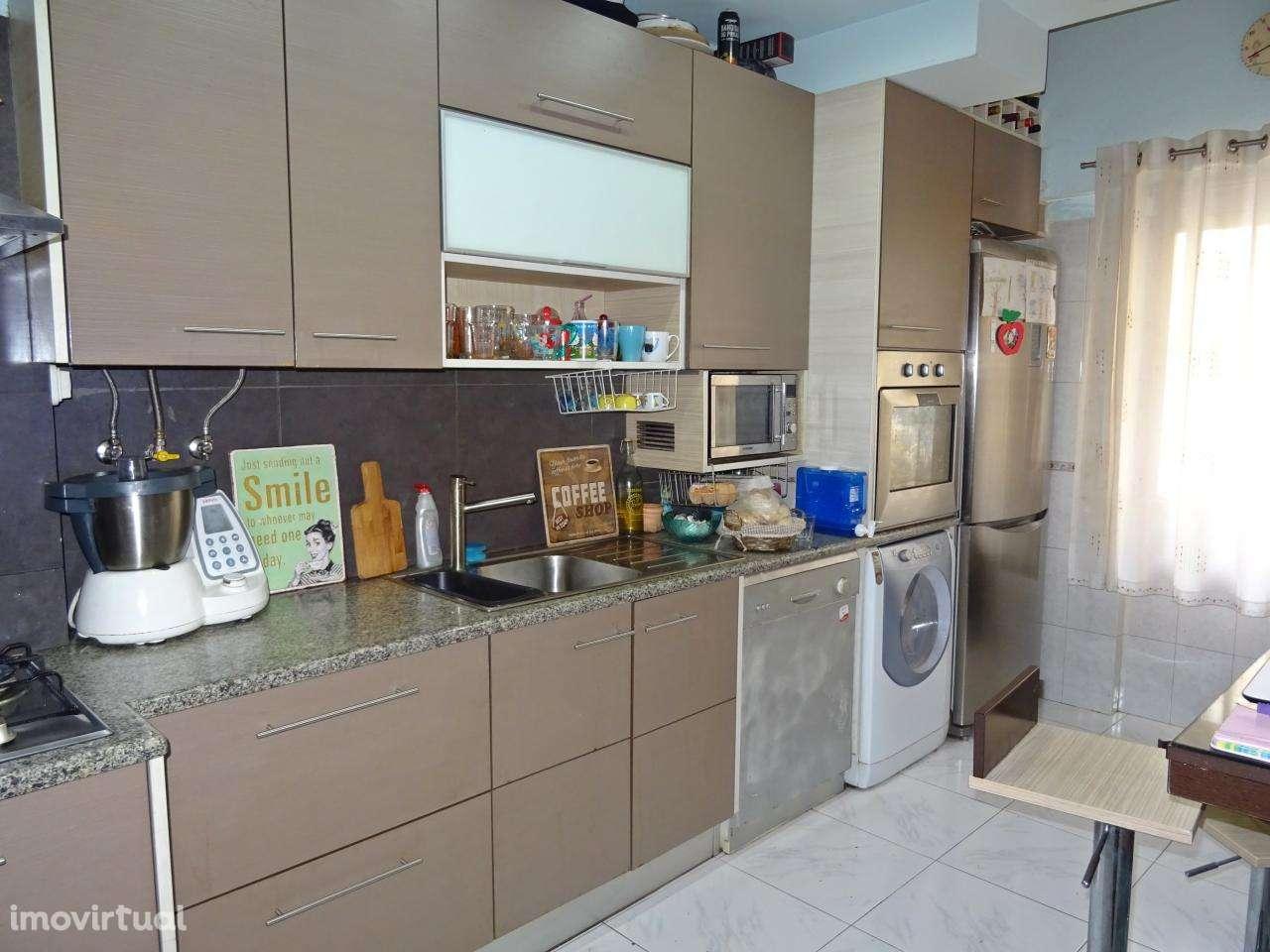 Apartamento para comprar, Póvoa de Santo Adrião e Olival Basto, Lisboa - Foto 1