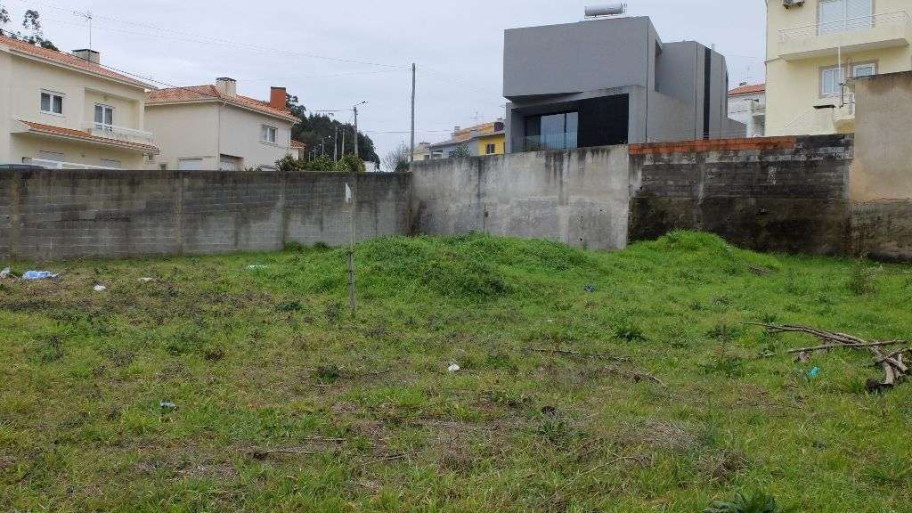 Terreno para comprar, Rua de Santa Marinha, Retorta e Tougues - Foto 1