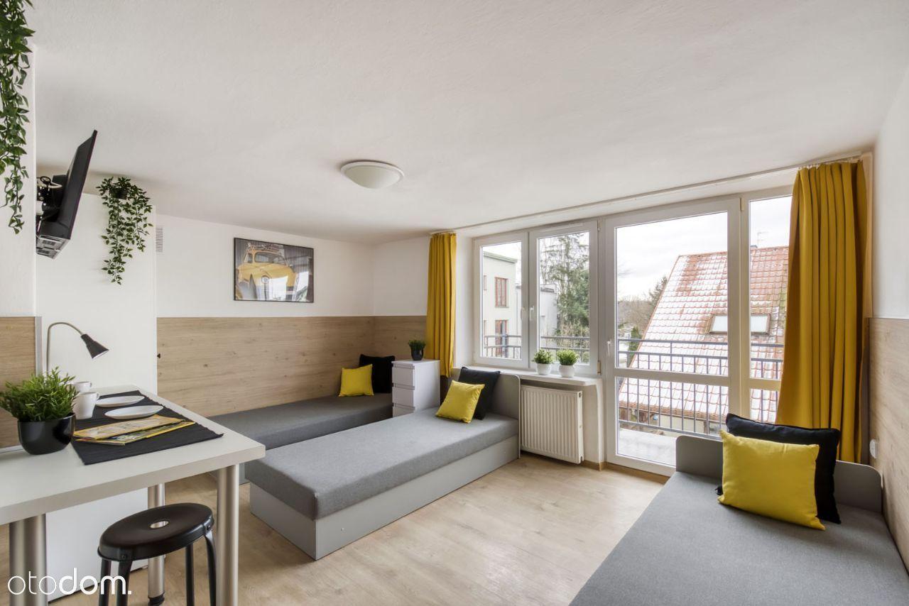 Trzyosobowy pokój w wyremontowanym mieszkaniu