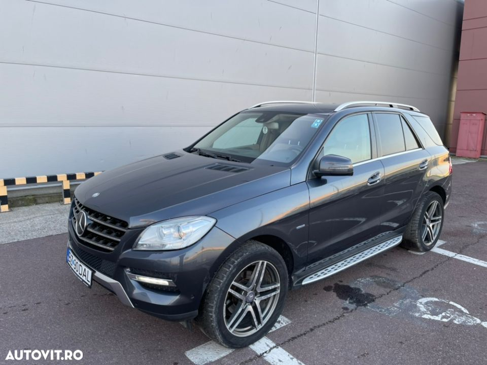 Mercedes-Benz ML 350 - 29
