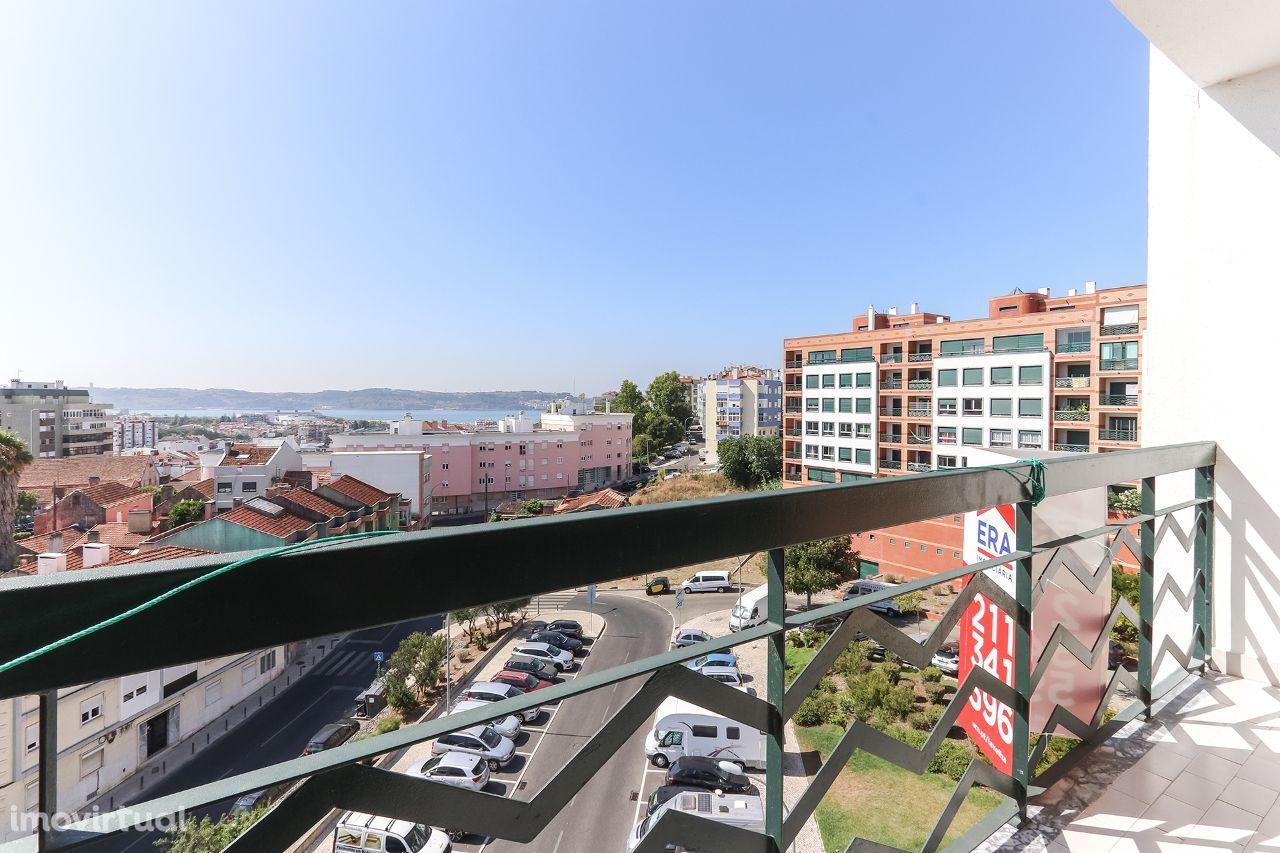 Apartamento T3 Vista Rio, Alto de Algés