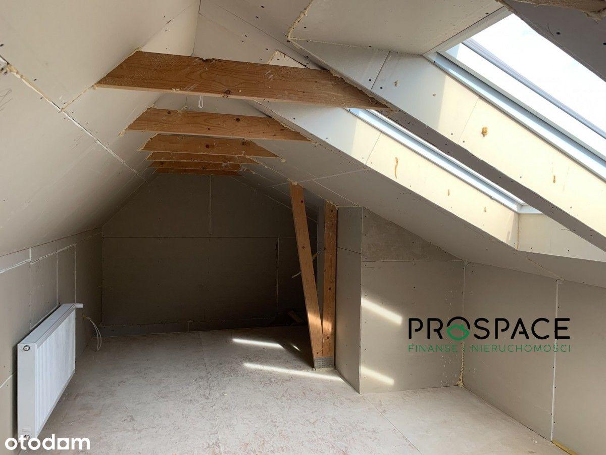 Przestronne mieszkanie na piętrze