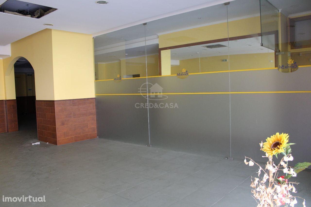 Loja para comprar, União de Freguesias da cidade de Santarém, Santarém - Foto 2