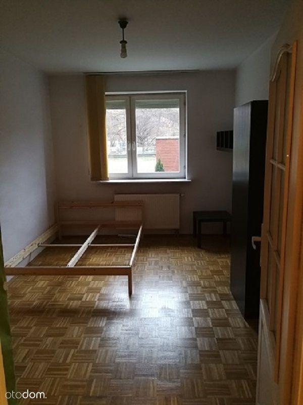 Wynajmę pokój 14m2 przy ul.Modzelewskiego 58A.