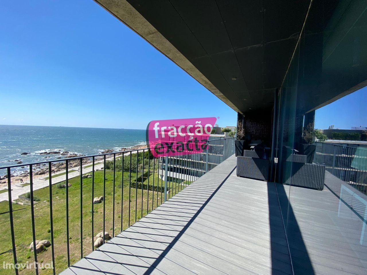 Fabuloso T4 na 1ª Linha de Mar, Lavadores / Canidelo, BOX 2 carros